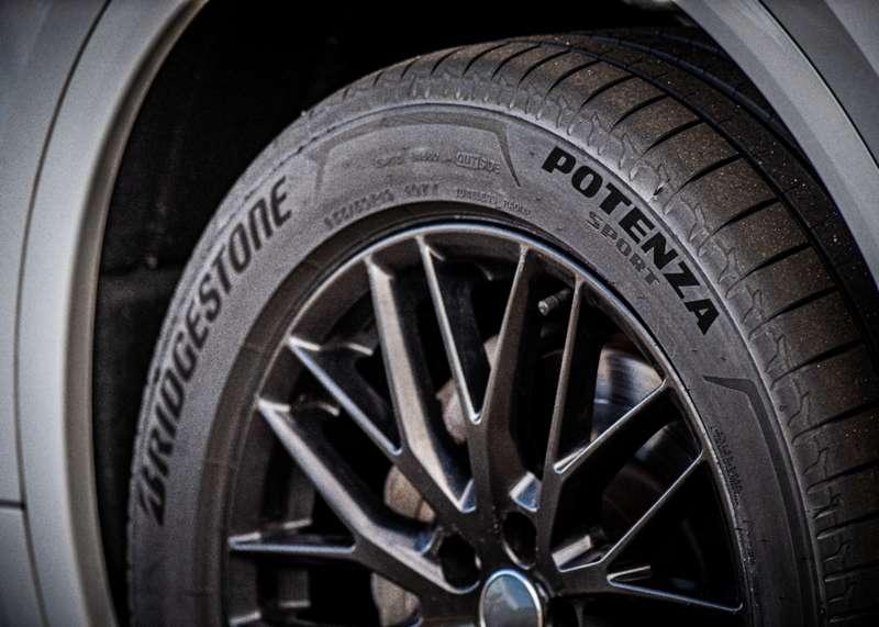 Bridgestone Potenza Sport – a biztonságos száguldás!